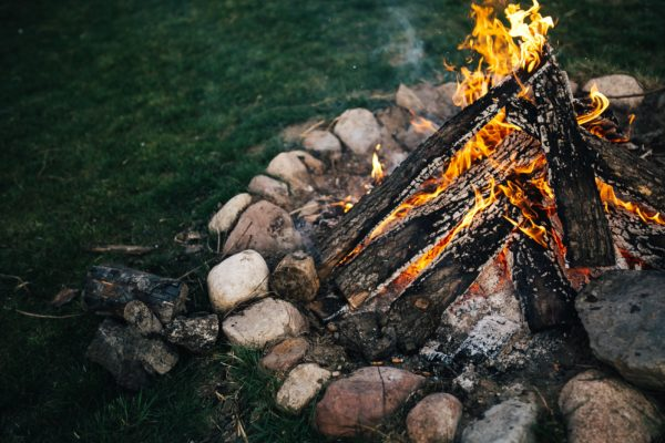Festivals und Lagerfeuer